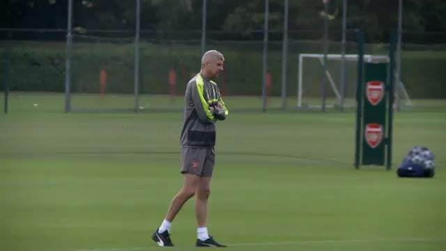 """Petit: """"Der FC Bayern wollte Wenger haben"""""""