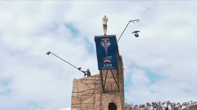 Red Bull Cliff Diving: Brite wird Weltmeister