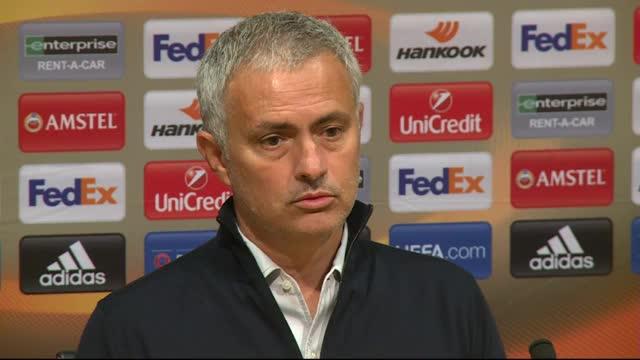 """Mourinho: Spielplan """"ein vergiftetes Geschenk"""""""