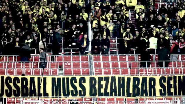 """""""Kein Zwanni"""" kämpft für alle Fußballfans"""