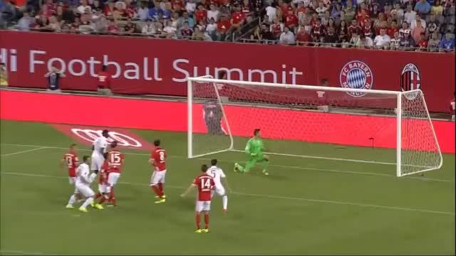 FCB-Pleite: Badstuber-Bock und Ribéry-Gala