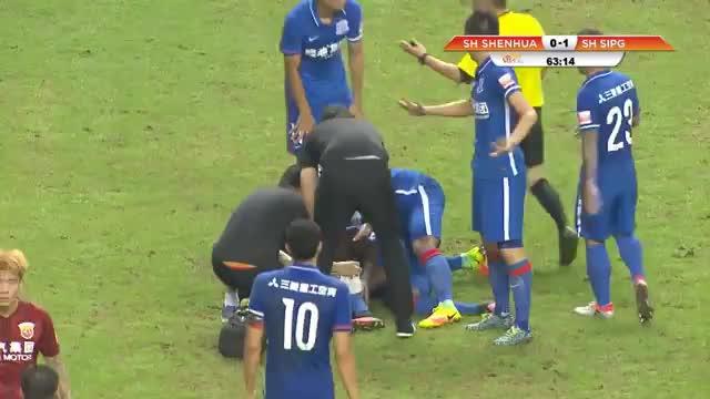 Demba Ba erleidet Horrorverletzung