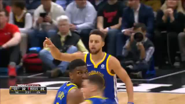 Curry und Klay: Dreierregen gegen Bulls