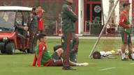 Schock beim FCB: James fällt wochenlang aus!