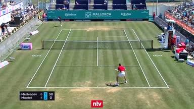 Trick-Shot begeistert die Tennis-Welt