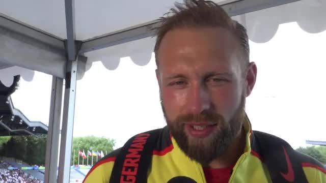 """Diskus: Robert Harting: """"Kleine Brötchen backen"""""""