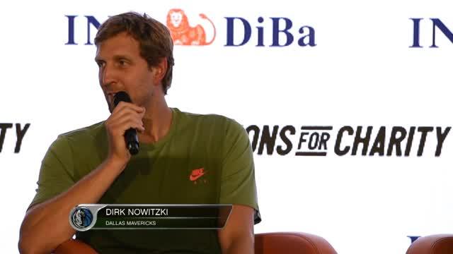 Champions for Charity: Klose? Nowitzki scherzt