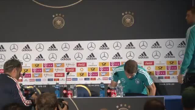 """Müller witzelt: """"Du stehst für den Umbruch"""""""