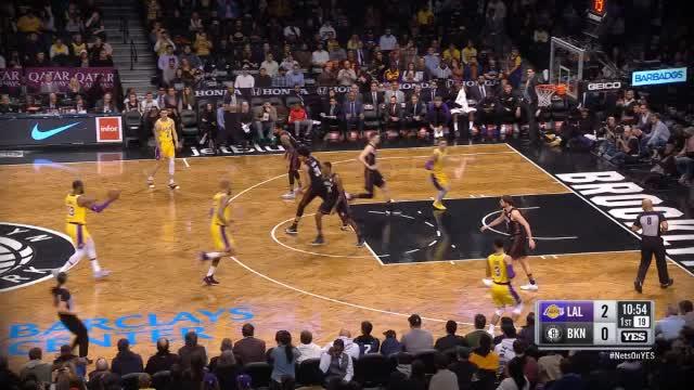 Double-double: Russell trumpft gegen Lakers auf!