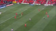 A-League: Auah! Keeper knallt voll an Pfosten