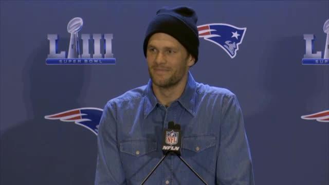 Tom Brady bekommt Ständchen mit Ukulele