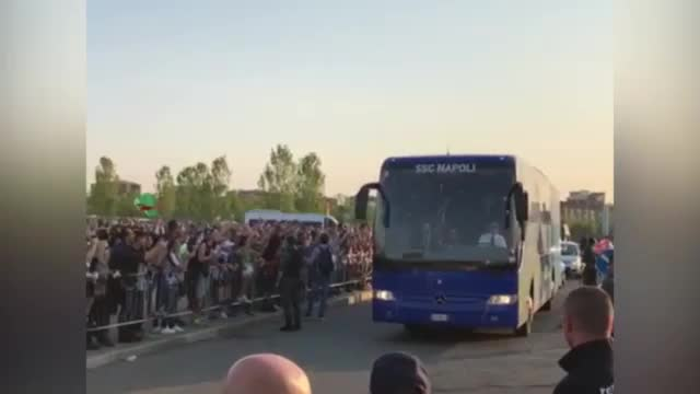 Napoli-Coach zeigt Juve-Fans den Mittelfinger