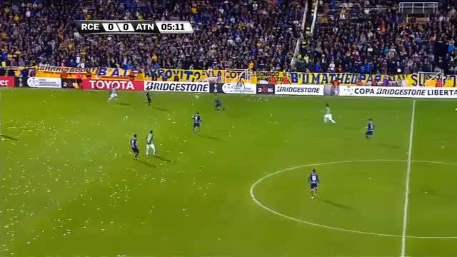 Copa Libertadores: 30-Meter-Kracher zum Sieg