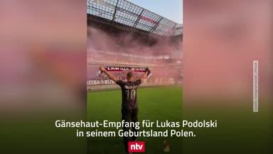 Gänsehaut-Empfang für Lukas Podolski in Polen