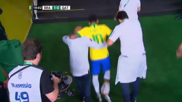 Bittere Tränen! Neymar humpelt in Katakomben