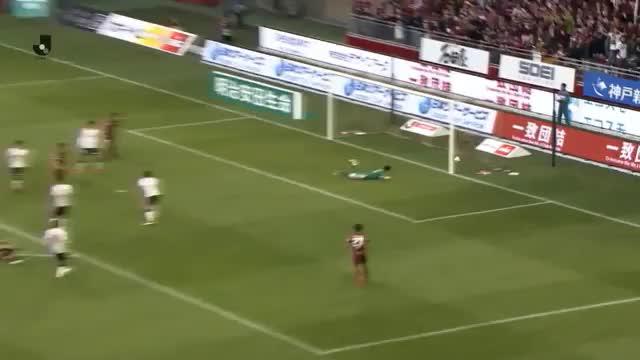J-League: Podolski mit erstem Saisontor und Sieg