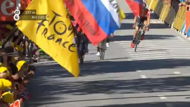 TdF: Ellenbogen-Check! Sagan disqualifiziert