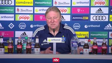 """""""Feuerwehrmann"""" Hrubesch lobt sein HSV-Team"""