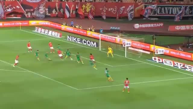 CSL: Fallrückzieher! Gao Lin macht den Ronaldo