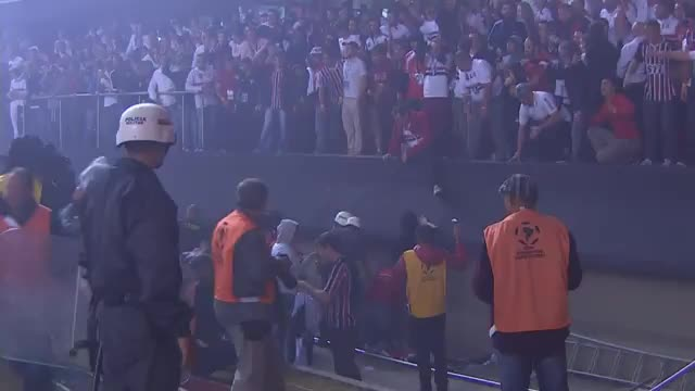 Copa Libertadores: Fan-Drama in Sao Paulo