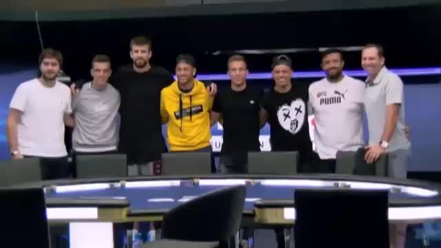 Pique und Neymar mit schwachem Pokerface