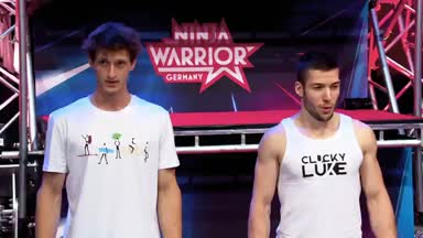 Moritz Hans und Lukas Kilian am Power Tower