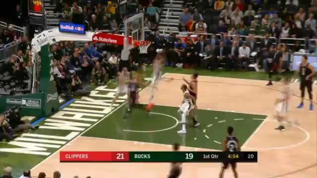 Chasedown-Block! Giannis fliegt wie King James
