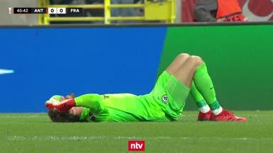 Highlights: Böller-Skandal bei Frankfurt-Spiel