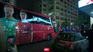 So feierte der FC Bayern den Pokal-Triumph