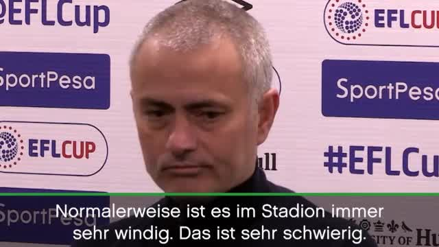 "League Cup: Mourinho witzelt über ""Windy-Klopp"""