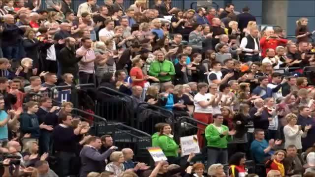 Fed Cup: Kerbers Tank leer – Damen verlieren