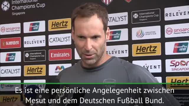 """Cech: """"Özil wird vom ganzen Team unterstützt"""""""