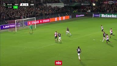 Irre Dreifach-Chance für Feyenoord