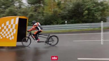 Marius Prünte schuftet für Weltrekord im Windschattenfahren
