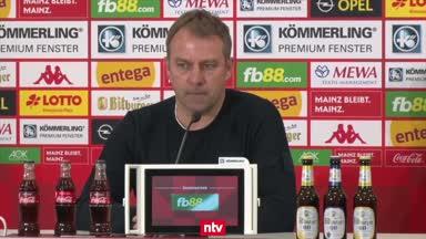 Flick rechtfertigt Bayern-Blamage in Mainz