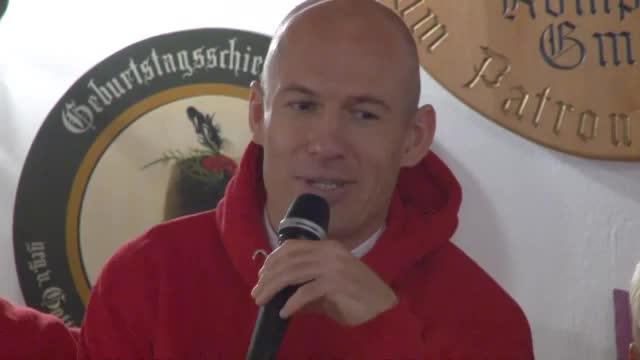Arjen Robben im Kreuzverhör der Fans