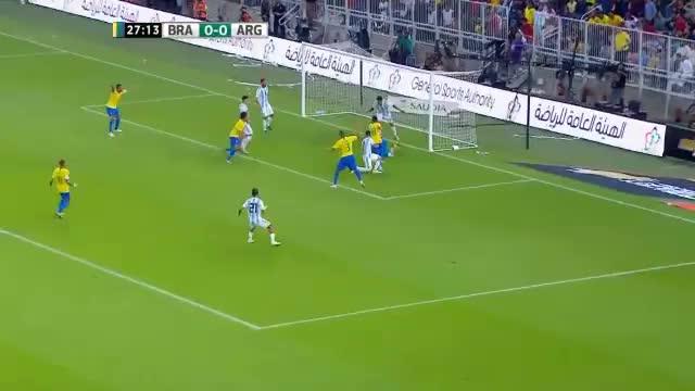 Neymar und Co. feiern Sieg im 100. Superclasico