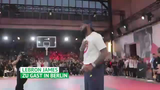 King James in Berlin mit Boateng, Sane & Co