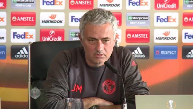"""Mourinho warnt Stars: """"Keiner ist unantastbar"""""""