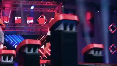 Spektakuläres Duell der Top-Ninjas!